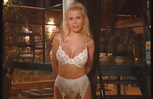 المرأة موقع سكسي تنزيل اللباس ليلة