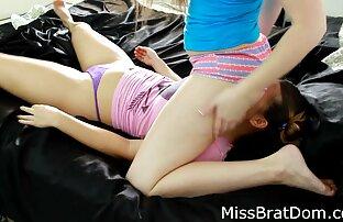 فتاة فالنتينا Nappi مع تنورة كاملة سعيدة عن الجنس تحميل موقع سكسي